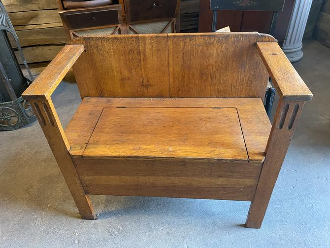 """Cute """"Arts and Crafts"""" Style Bench 33""""W x 29""""T x15""""D"""