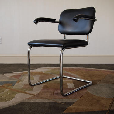 4 Available: Authentic KNOLL CESCA Arm CHAIR, Black Leather Armchair Marcel Breuer, Mid-Century Modern Bauhaus danish mad men eames era by refugegallery