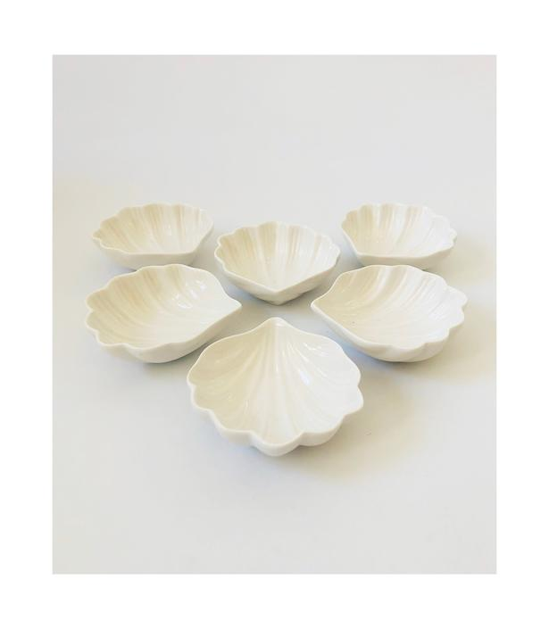 Vintage Ceramic Shell Dishes / Set of 6 by SergeantSailor