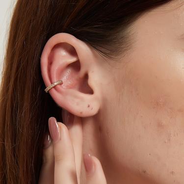 fiona cz stone single gold ear cuff, cz gold simple ear cuff, Tiny gold ear cuff, Dainty cuff, Conch cz ear cuff, Non pierced cz ear cuff by MelangeBlancDesigns