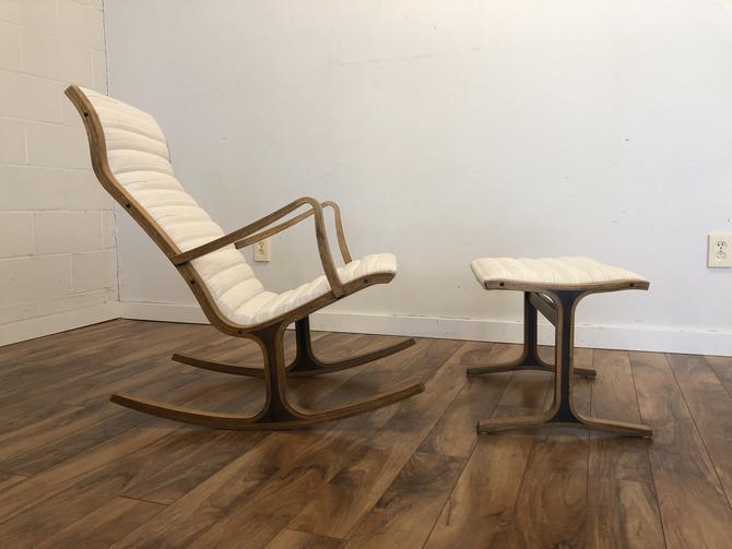 Tendo Mokko Heron Rocking Chair & Ottoman