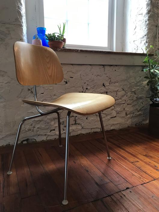 Mid Century modern desk chair Eames DCM chair mid century side chair by VintaDelphia