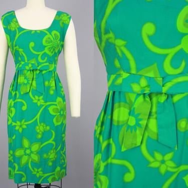 1960s Hawaiian Mini Dress | Vintage 60s Saturated Green Tropical Floral Print Dress | small/medium by RelicVintageSF