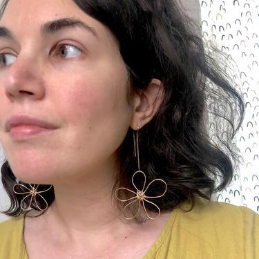 14k Gold Filled Daisy Ear Threads - Handmade Doodle Wire Flower Dangle Statement Earrings by RachelPfefferDesigns