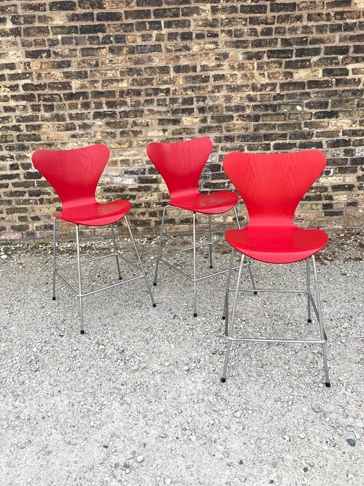 Counter Stool Series 7 Designed by Arne Jacobsen for Fritz Hansen