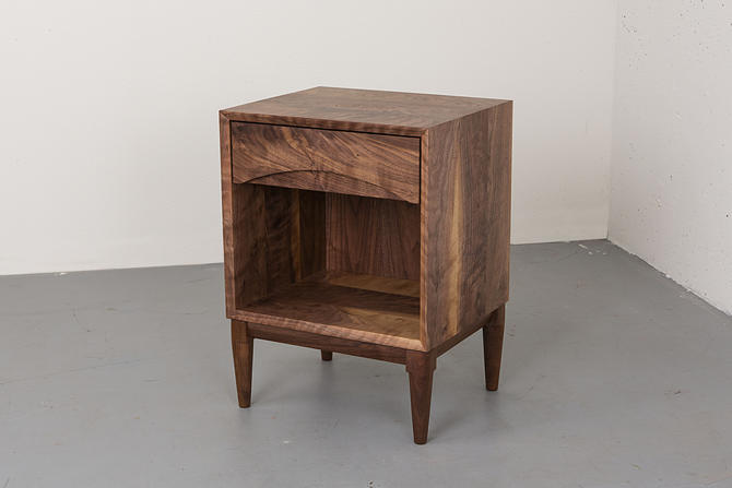 Walnut Nightstand // Mid Century Modern Bedside Table // Nightstand with Drawer by kyledauria