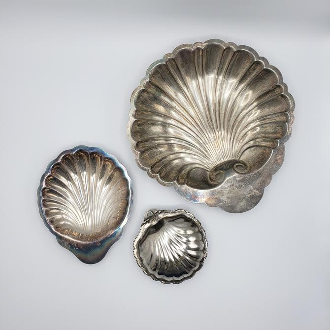 Vintage Silver Plated Shell Clam Dish Set | Metal Catch-all Decorative Trays by SavageCactusCo
