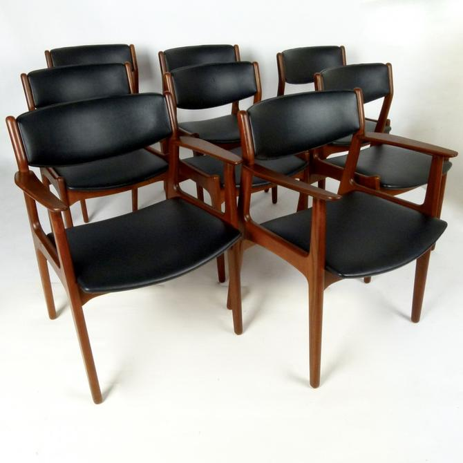 Set of 8 Henning Kjaernulf Dining Chairs