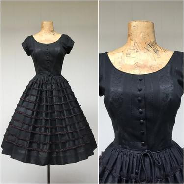 Vintage 1950s Black Cotton Rockabilly Dress, 50s Cap Sleeve Shirtwaist w/ Full Skirt with Lace Trim, Mid-Century Party Frock, Small by RanchQueenVintage