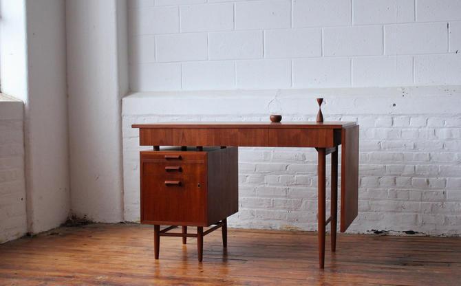 Restored Danish Floating Pedestal Desk with Extension Leaf by NijiFurnishing