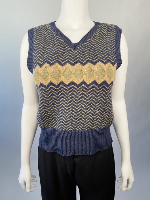 Y2K Chevron & Diamond Sweater Vest