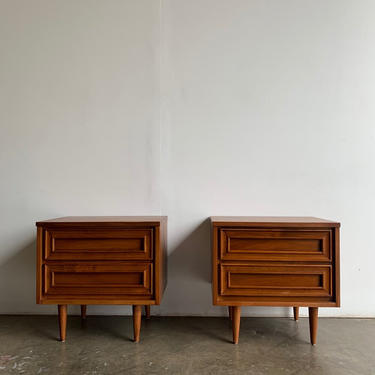 Minimal nighstands with sculpted fronts by VintageOnPoint