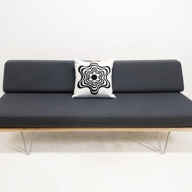 Daybed Sofa by BetsuStudio