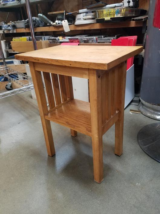 Cute Mission Style Table