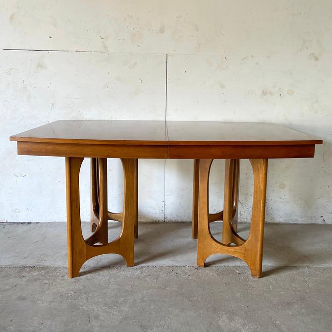 Mid-Century Sculptural Base Dining Table with Leaves by secondhandstory