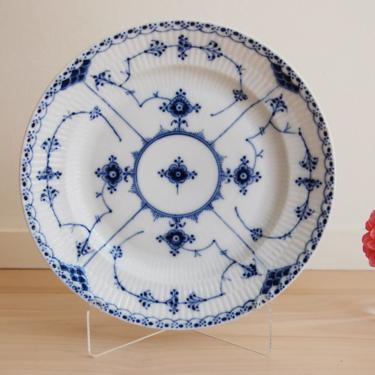 Royal Copenhagen Blue Fluted Half Lace Serving Plate Made in Denmark, 572 by MidCentury55