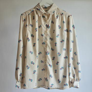 80's Floral Button-up Blouse Beige Dots with Blue & Violet Flowers fits S - XL by BeggarsBanquet
