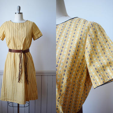60s Yellow Ditsy  Rose Cotton Day Dress | Vintage 1960s Dress | S/M by wemcgee