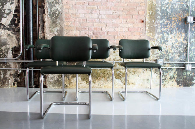 Original Knoll Cesca Chairs by Marcel Breuer in Green Leather