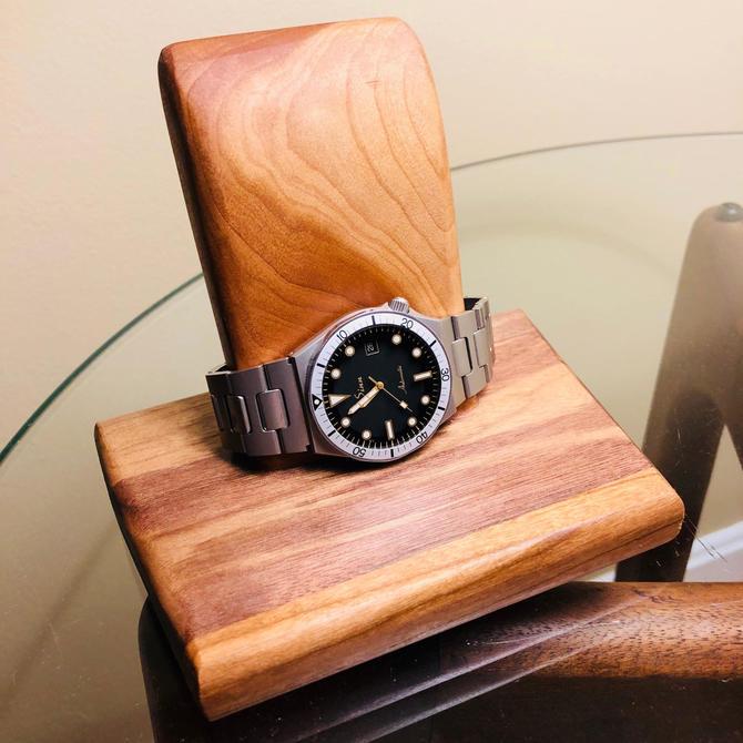 Watch Stand, Wood Watch Display, Watch Holder, Watch Organizer, Watch Box, Watch Storage Gift Christmas by MSGEngineering