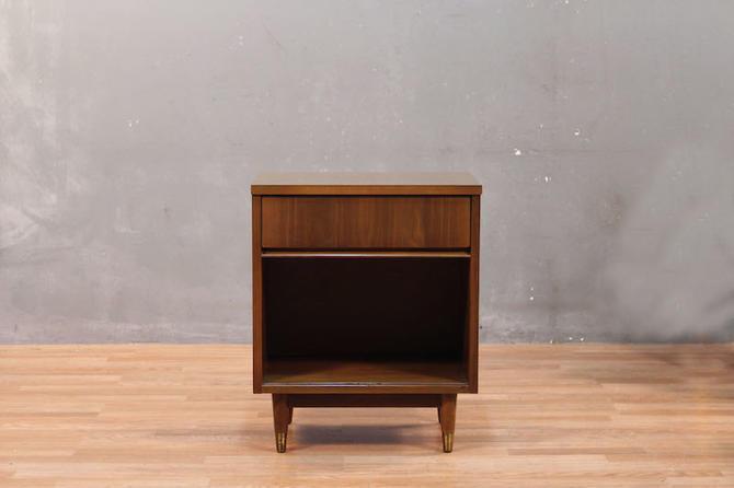 Simple Mid Century Walnut & Laminate 1-Drawer Nightstand