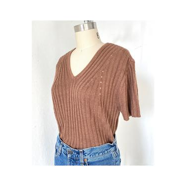 Brown knit top, Rib Knit Shirt, Ribbed Tricot Top, Almond Short sleeve sweater, Size M by DudaVintage