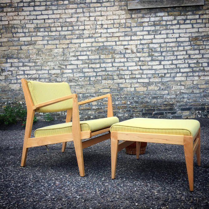 Jens Risom For Design Within Reach Lounge Chair