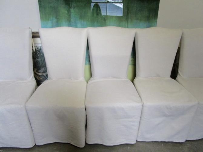 SET OF SIX SLIPCOVERED CHAIRS IN LINEN
