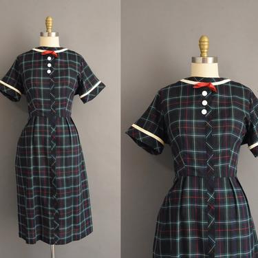 1950s vintage dress   Kay Whitney Plaid Print Short Sleeve Cotton Shirt Dress   XL   50s dress by simplicityisbliss