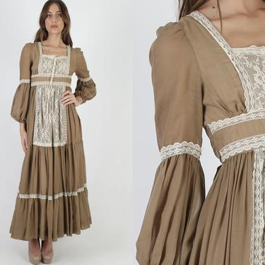 Womens Brown Gunne Sax Maxi Dress / Vintage 70s Solid Color Country Style Dress / Prairie Poet Sleeve Floral Lace Bridal Corset Tie by americanarchive