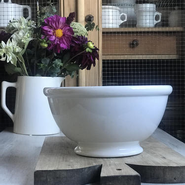 Lovely pure white vintage Dutch ironstone bowl by Grainsacfrenchvintag