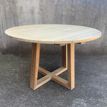 Outdoor Round Dining Table by MarcoBogazziStore