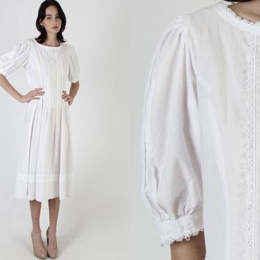 All White Gunne Sax Dress /Simple Womens Romantic Bridal Dress / Vintage 70s Victorian Crochet / Pioneer Prairie Lawn Midi Mini Dress by americanarchive