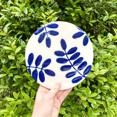 Ceramic Trivet - 6 inch - Botanical Hand-painted Design in Cobalt Blue and White - Leaf-Pattern Hotplate by BirdstoneCeramics