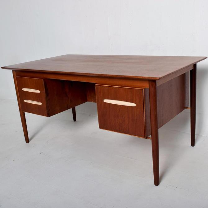 Mid Century Danish Modern Teak Receiving Desk Bookshelf Koford Larsen Era by AMBIANIC