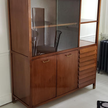 89746720 - CHINA CABINET - AMERICAN OF MARTINSVILLE - FURNITURE - CABINET
