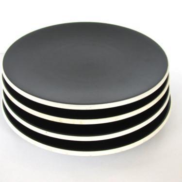 Set Of 2 Sasaki Colorstone Matte Black Dinner Plates, Minimalist Ceramics Black Plates, Post Modern Dishes, 4 Sets Available by HerVintageCrush