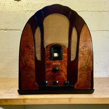 1934 Philco 118B Cathedral Radio AM Shortwave with Full Restoration by Deco2Go