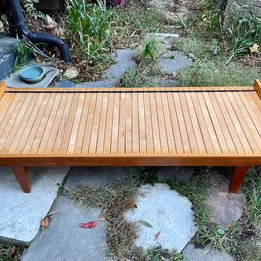 1970s Oak Daybed or Twin to Full Bed Vintage Mid-Century Trundle Slat Bench by BrainWashington