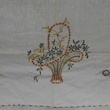 Vintage Hand Embroidered  Table Runner with Flower Basket Design by kissmyattvintage
