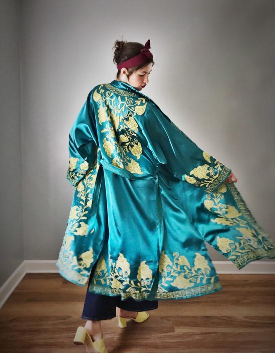 Vintage Authentic Chapin Robe Teal Satin by SpeakVintageDC