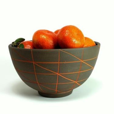 Dark Clay Pattern Ware Large Bowl