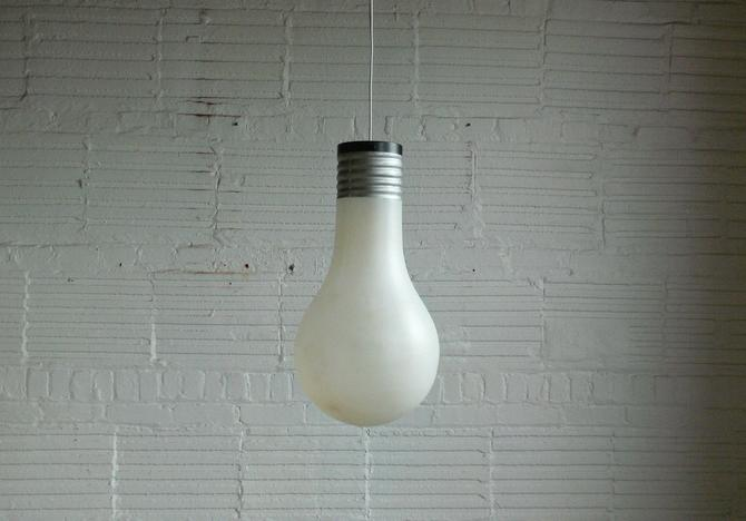 Vintage Light Bulb Novelty Pendant Light by CoMod