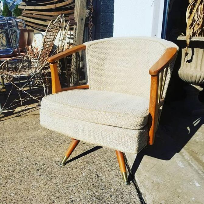 MCM swivel club chair