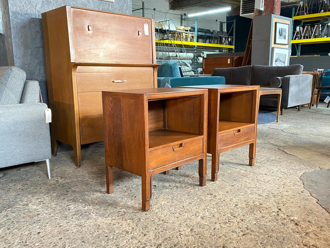 Pair janus collection by mt airy nightstands