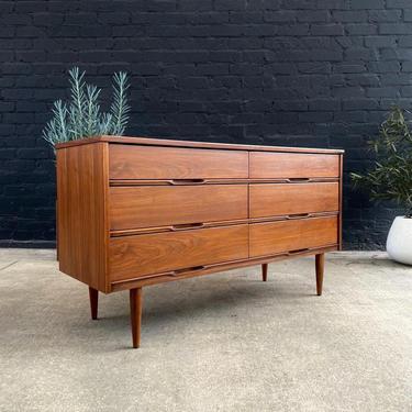 Mid-Century Modern Walnut 6-Drawer Dresser, c.1960's by VintageSupplyLA