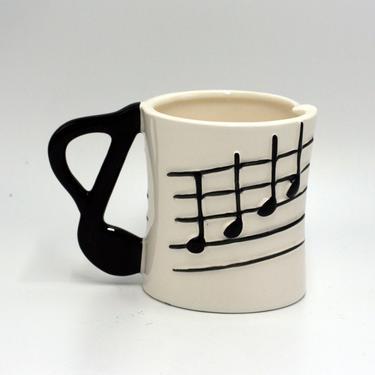 vintage musical note ceramic coffee mug/five and dime inc/1985/made in japan by suesuegonzalas