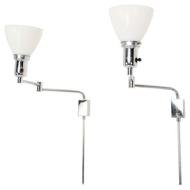 Walter Von Nessen Mid Century Modern Chrome-Plated Wall Sconces 1970s by AMBIANIC