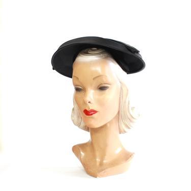 1950s Black Velvet Saucer Platter Hat with Satin Details - 1950s Platter Hat - 1950s Dish hat - 1950s New Look Hat - Vintage Black Hat by VeraciousVintageCo