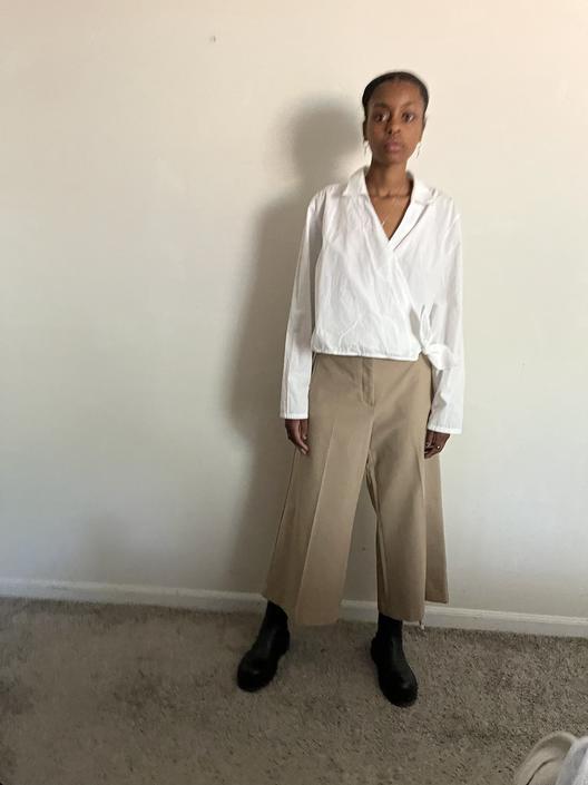 Low rise Wide Legged Khaki